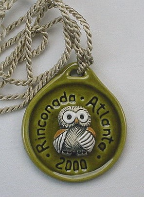 Artesania Rinconada Atlanta 2000 Medallion - photo copyright 2009 CollectiblesRome